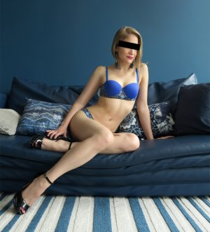 Azelie erotic massage Bainbridge