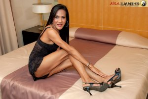Maelyse erotic massage in Poinciana